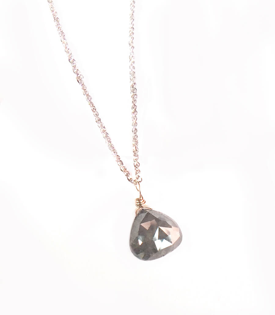 Opaque diamond necklace